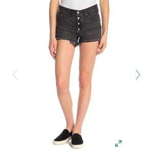 NWT Levi 501 denim shorts
